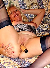 Great set of pics of mature chubby ladies